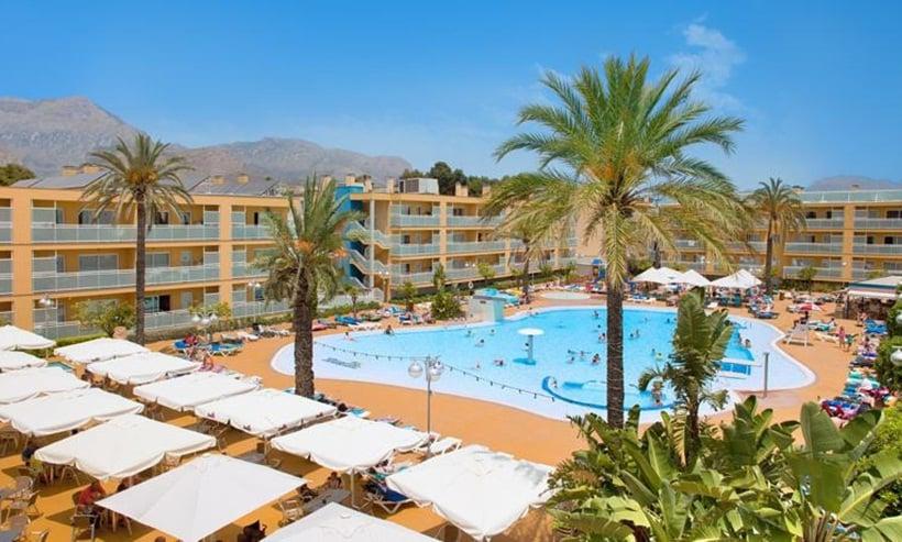 Deducción del IVA soportado en la adquisición de inmuebles destinados a apartamentos turísticos.